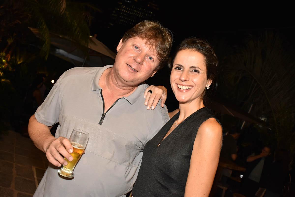 Jantar Henrique Freneda e Laura Bela
