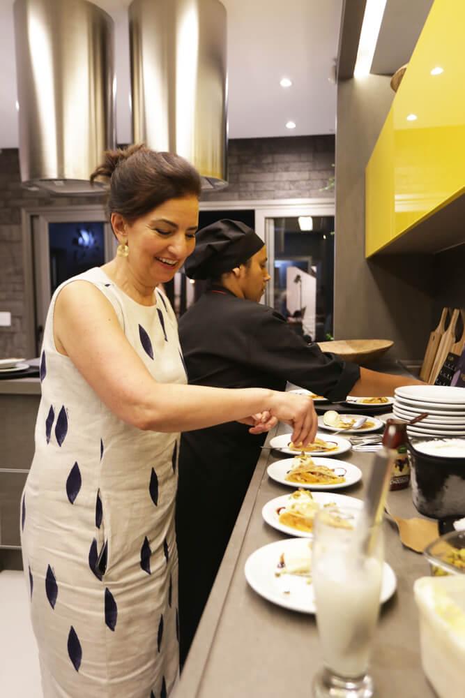 Jantar Mari Ani Oglouyan